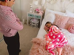 Lounging Childminder Gets Creampied