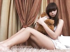 Cool russian teenie peels off on her couch